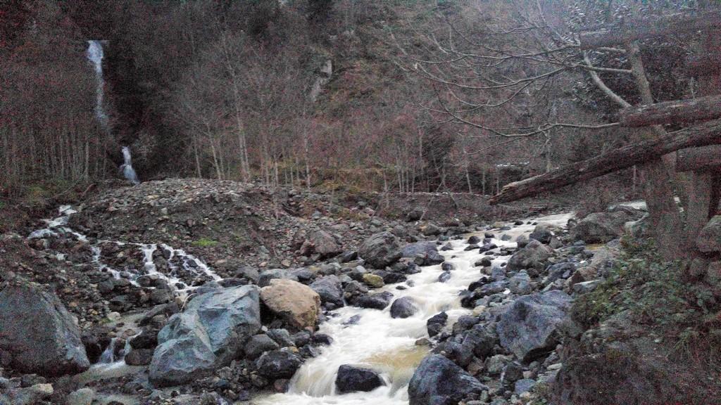 Maden Köyü Şelalesi