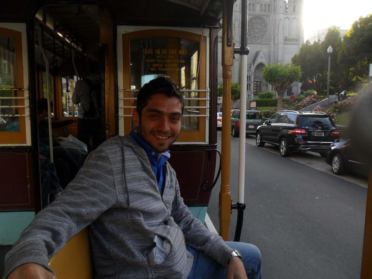 San Francisco'ya gelip de Cable Car'a binmemek olmaz…