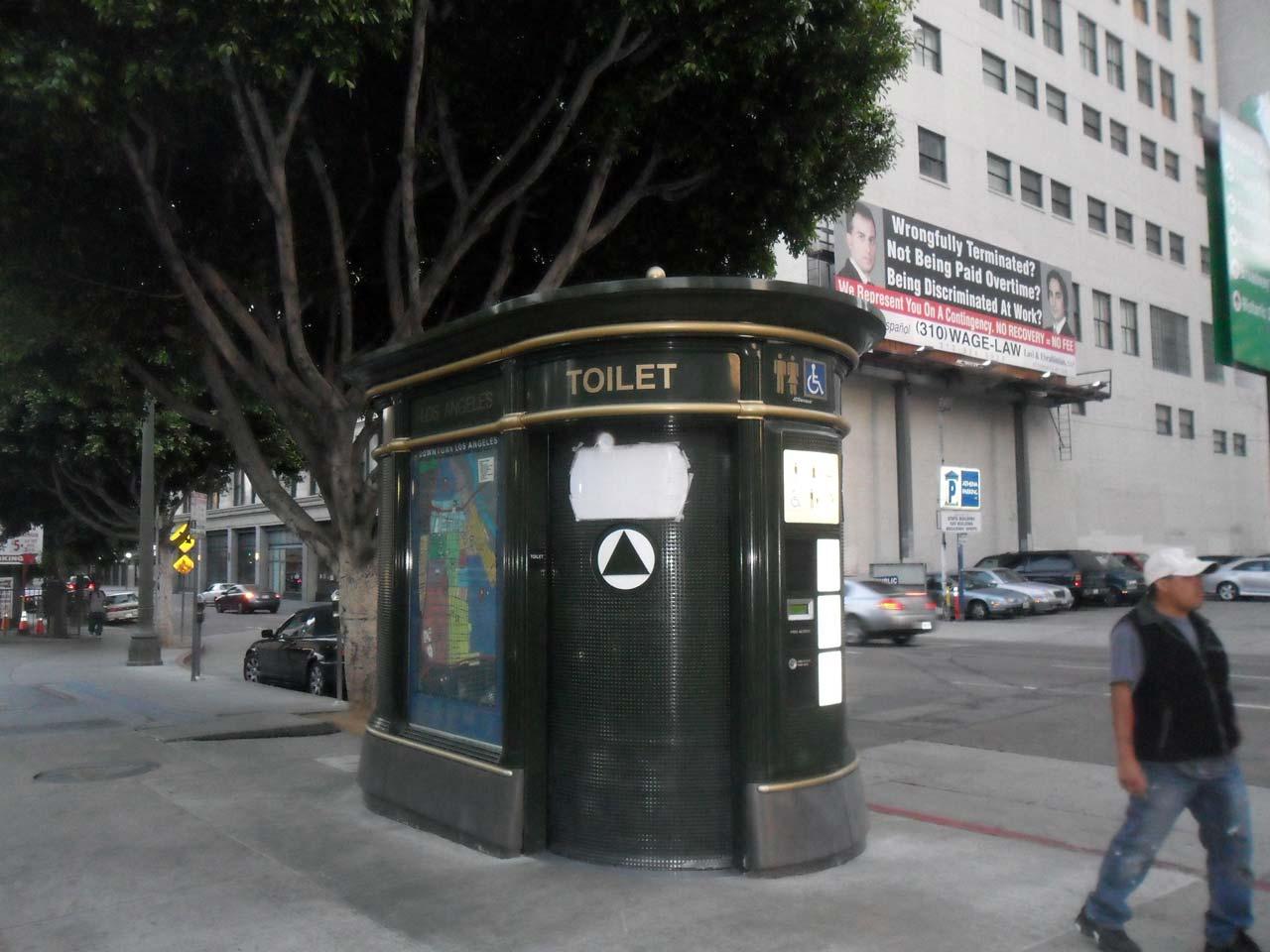 Halka açık tuvalet 🙂