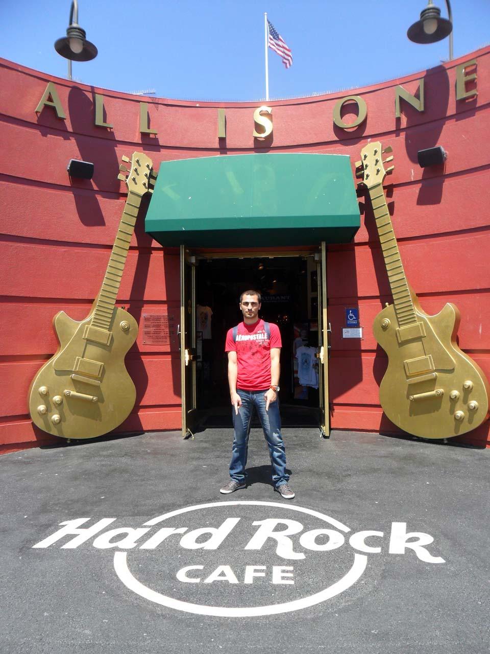 Yine bir Hard Rock Cafe 🙂