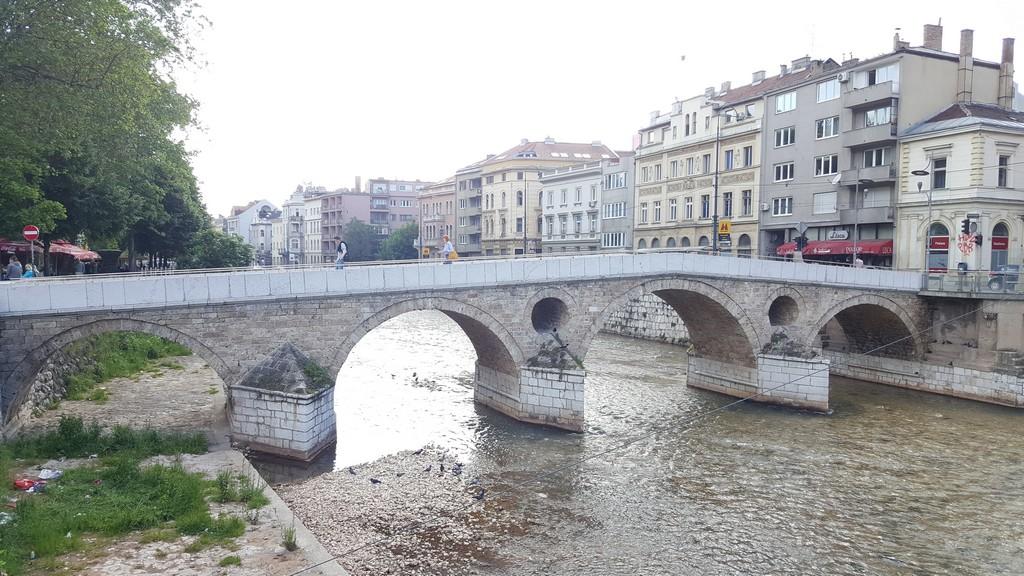 Latin Köprüsü
