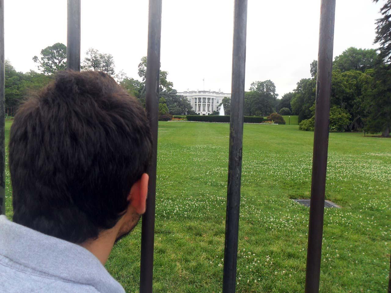 """""""Obamaaaa bi çık konuşacaklarımız var"""" :))"""