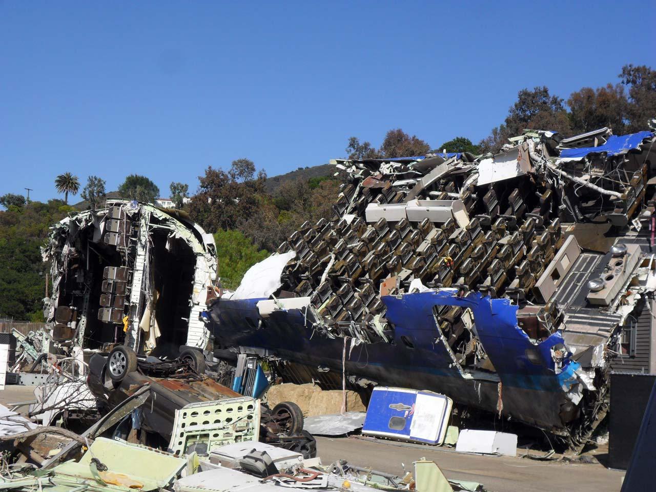 Birçok Hollywood filminde uçak kazalarında kullanılan maket…