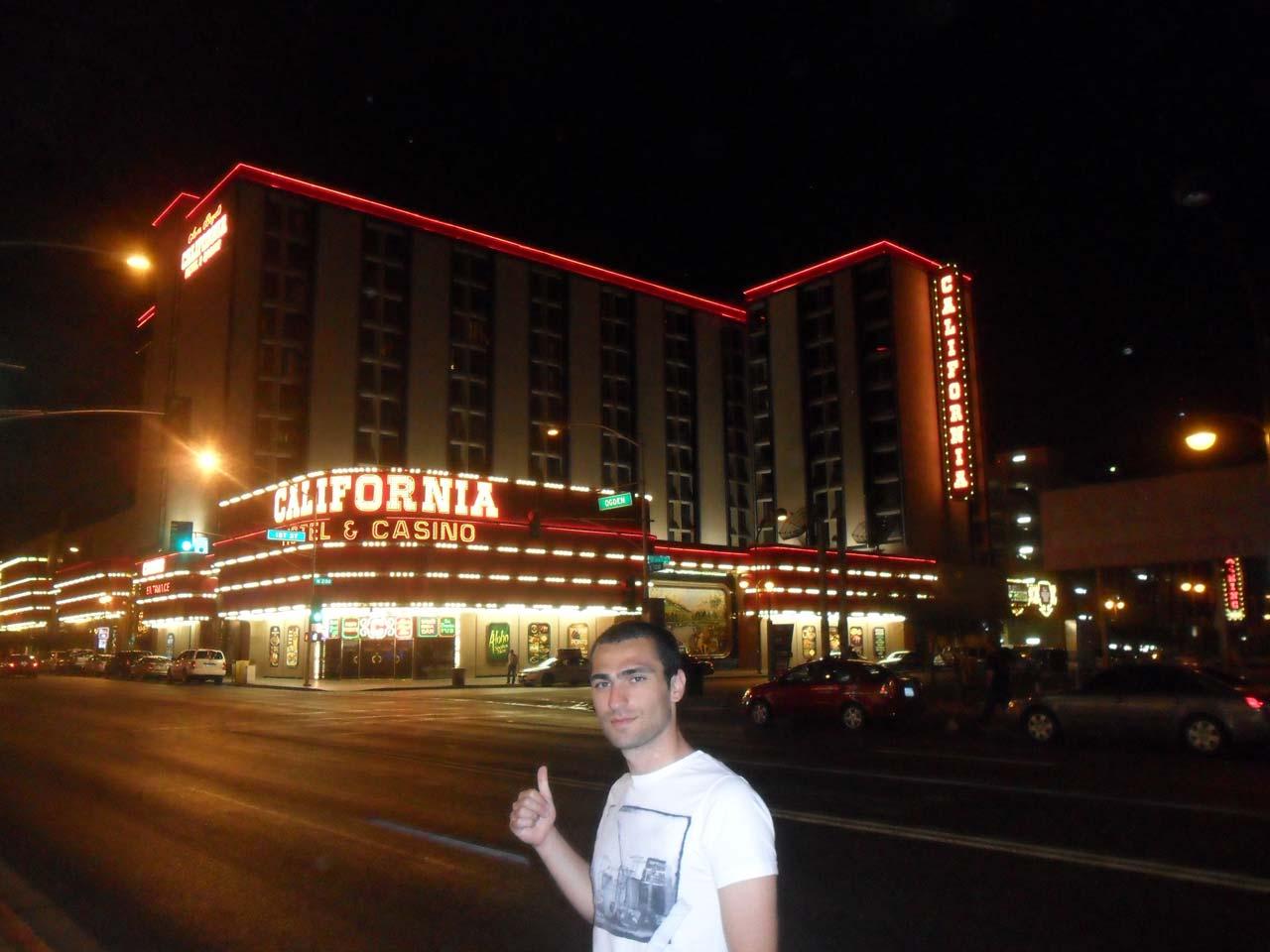 Etraf casino ve hotelden geçilmiyor