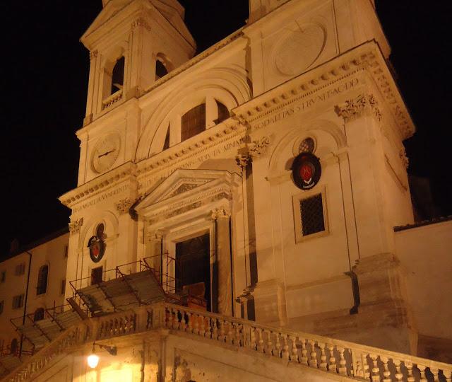 Trinita dei Monti Kilisesi