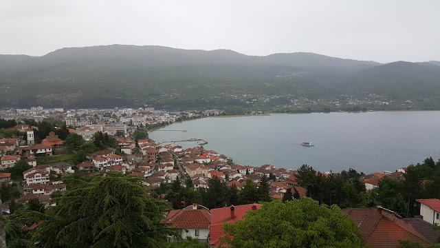 Ohrid Kalesi'nden şehir manzarası